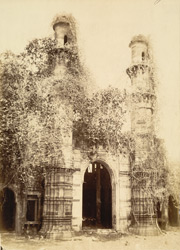 Entrance to the Nagina Masjid, Champaner